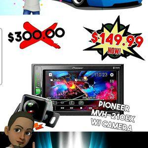 "Pioneer DMH-G225BT 2 DIN Multimedia AV Receiver 6.2"" Display & Bluetooth for Sale in San Diego, CA"