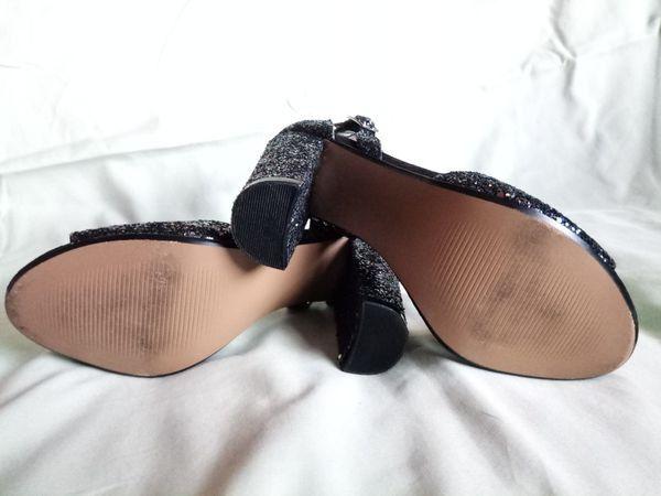 BETSEY JOHNSON 'Glissten' Chunky Heels Holographic Glitter Sequins Women's Slingback Sandals Shoes sz 6