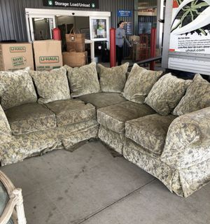 High end slipcovered sofa with down filled cushions for Sale in Nashville, TN