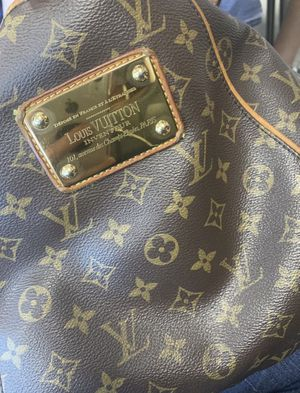 Authentic Louis Vuitton for Sale in Nashville, TN
