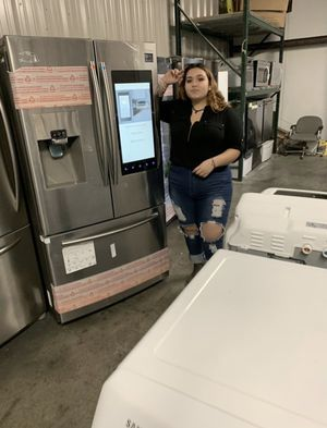 New kitchen appliances stainless,black stainless , black and white for Sale in Kissimmee, FL