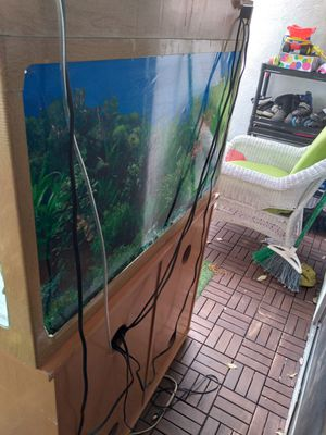 Fish tank for sell must go moving for Sale in Orange, CA