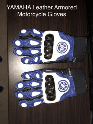 Yamaha Racing Armored Leather Motorcycle Gloves Blue for Sale in Bedford, NH
