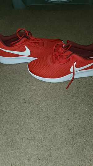 Nike Tennis shoes size 9 in men's for Sale in Hopkinsville, KY