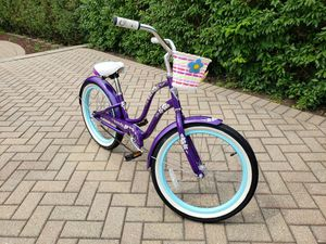 "Girl's 20"" Cruiser Purple Bike for Sale in Mount Prospect, IL"