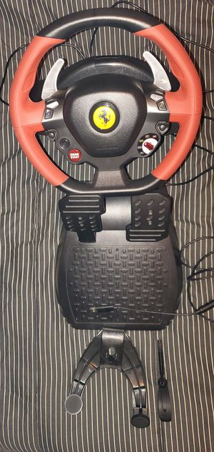 Thrustmaster 458 Spider Racing Wheel for Sale in Macomb, MI