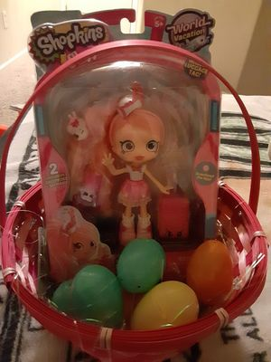 Shopkins Easter basket with 6 eggs for Sale in Elk Grove, CA