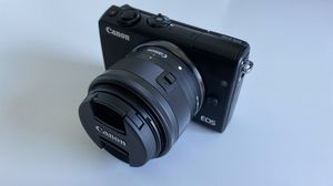 Canon EOS M100 Mirrorless Digital Camera for Sale in Gulfport, FL