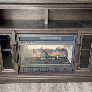 TV stand With Fireplace for Sale in Sioux Falls, SD
