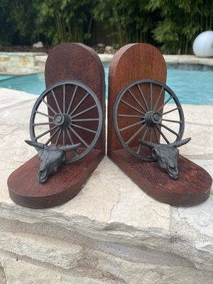Vintage Western Bronze Cow Skull Wagon Wheel Bookends for Sale in Austin, TX