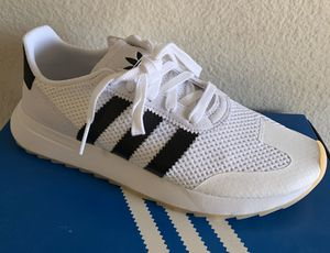 Adidas FLB Woman's - size 9 only for Sale in Whittier, CA