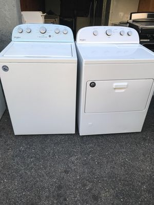 Washer and dryer whirlpool for Sale in Riverside, CA