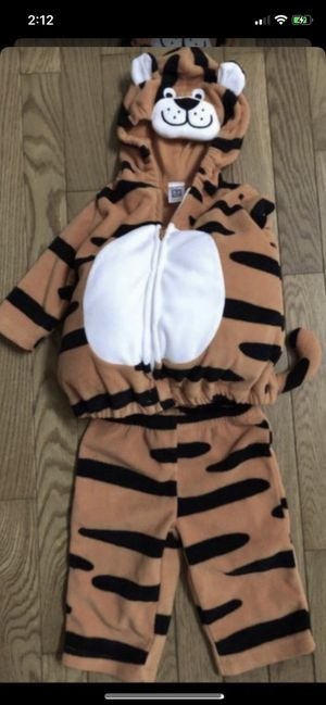 Halloween costume size 3-6 months smoke and pet free for Sale in Taunton, MA