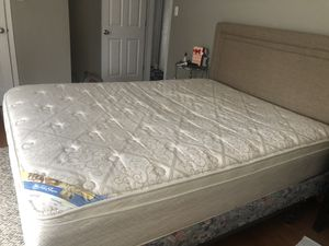 Bed for Sale in Chicago, IL