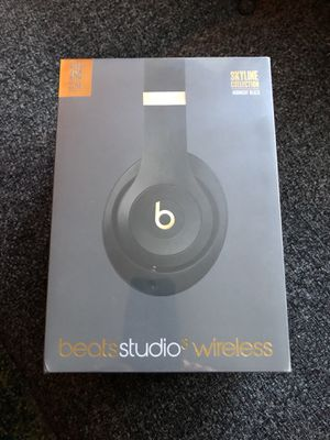 Beats studio 3 wireless headphones new unopened box in black for Sale in Minneapolis, MN