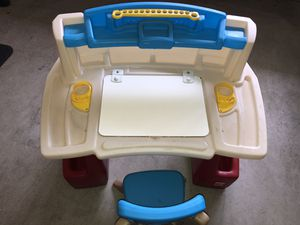 Step 2 Toddlers Desk for Sale in Auburn, WA