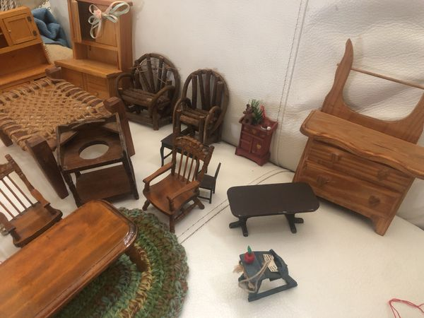 Lot of Vintage and Antique Doll House Furniture