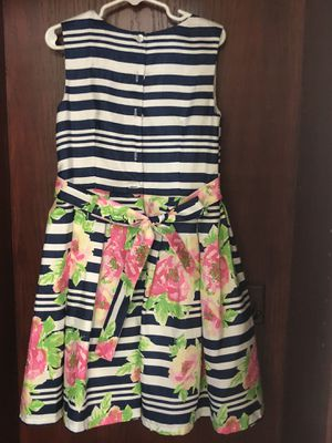 Girl flower dress very good condition size 4 for Sale in Garden Grove, CA