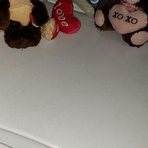 3 Count Valentines Theme Stuffed Animals for Sale in Burlington, IA