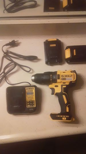 Dewalt brushless drill/driver kit for Sale in Anaheim, CA