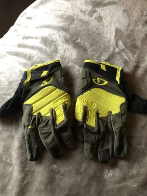 Giro mountain bike gloves for Sale in Arlington, TX