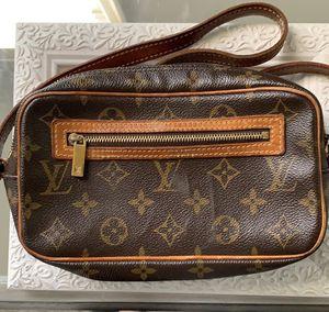 Vintage Louis Vuitton shoulder bag for Sale in MONTGOMRY VLG, MD