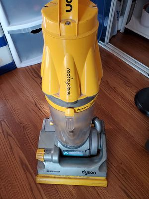 Dyson vacuum for Sale in Anaheim, CA