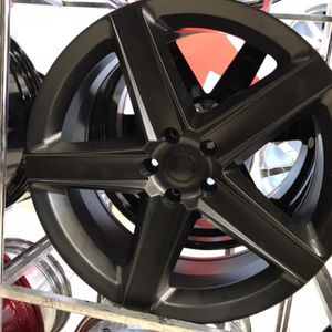 "22"" Wheels Rims Tires for Sale in Cicero, IL"