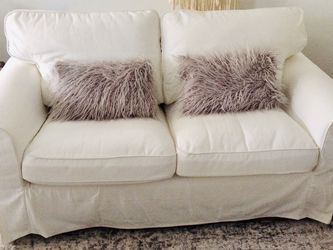 Loveseat / Couch / Sofa for Sale in Fort Lauderdale,  FL