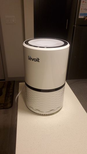Levoit Air Purifier with True HEPA filter for Sale in Bellevue, WA