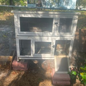 rabbit hutches for Sale in Spring Hill, FL
