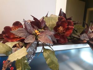 Floral arrangement for wall for Sale in Alexandria, LA