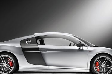 1:18 MAISTO DIECAST MODEL OF Audi R8 GT for Sale in Houston,  TX