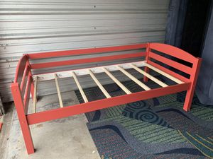 2 Twin beds frame ( Bunked bed) for Sale in Winter Garden, FL