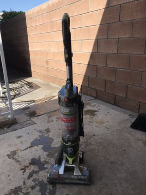 Hoover wind tunnel vacuum for Sale in Los Angeles, CA
