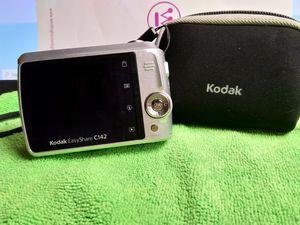 Kodak easyshare digital camera c142 for Sale in Fenton, MO
