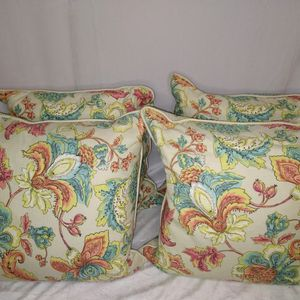 Decorative Outdoor Pillows Washable NEW for Sale in Duluth, GA