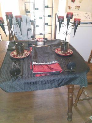 Black & Red Decor for Sale in Avon Park, FL