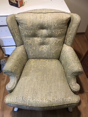 Antique green & gold chair $45 OBO YOU HAUL for Sale in Tacoma, WA