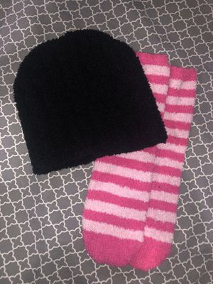 Fuzzy socks n beanie for Sale in Hayward, CA