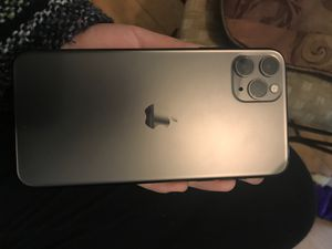 iphone 11 pro for Sale in Germantown, MD