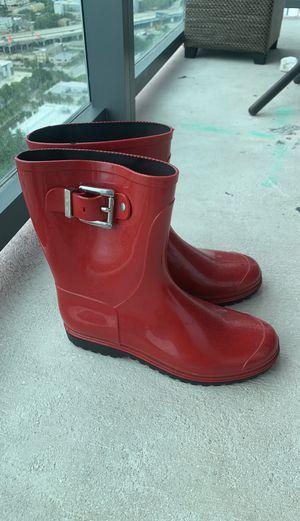 Size 6-7 women's rain boots. for Sale in Miami, FL