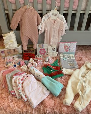 Newborn baby girl clothing & accessories for Sale in Nashua, NH