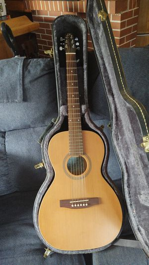 Seagull grand concert guitar for Sale in Lockport, NY