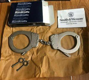 Smith & Wesson Model 1-1 Universal Handcuffs for Sale in Pico Rivera, CA