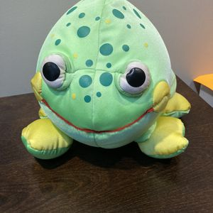 "Moshi-Green Frog 9"" Microbead Plushie-Brentwood original for Sale in Acton, MA"