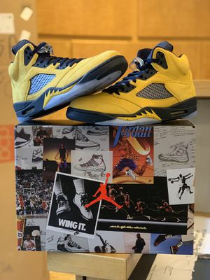 Air Jordan 5 Retro SP Michigan Size 11 for Sale in Queens, NY
