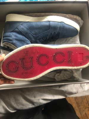 Men's Gucci size 9 for Sale in Cleveland, OH