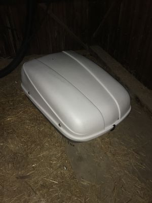 Car Carrier - Locks DO work on it. Comes with keys. for Sale in Penfield, NY