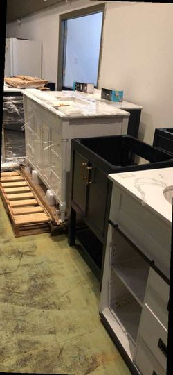 Sink Vanity Liquidation C3GJ for Sale in Dallas,  TX